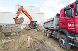 stavebné stroje na výkopové práce na prenájom Bratislava